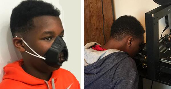 Charles Randolph, Black teen making face masks with 3-D printer