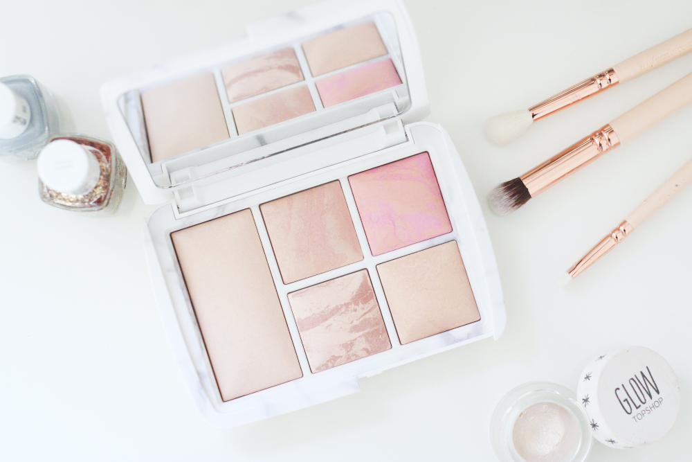 Review || Hourglass Surreal Light Palette