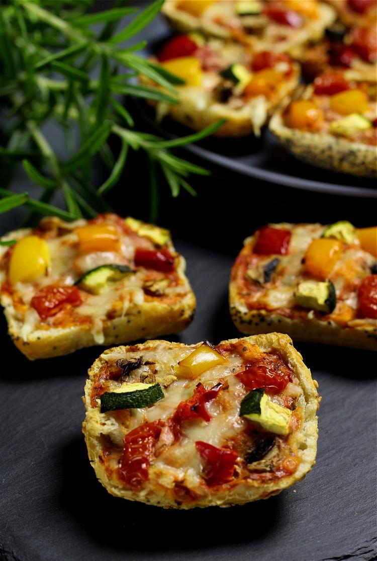 Mini-Pizzabrötchen
