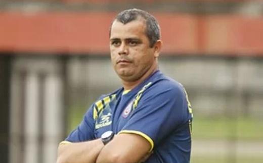 Antônio Carlos Roy será o treinador do Galícia