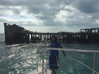 Approaching the S.S. Sapona shipwreck for a snorkeling adventure