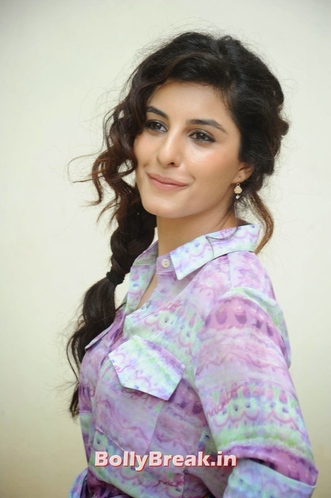 , Isha Talwar Images from Recent Photoshoot