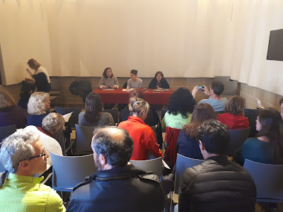Imatge de l'assemblea de treballadores i treballadors de l'Ajuntament de Sant Feliu de Llobregat amb motiu del 8 de març