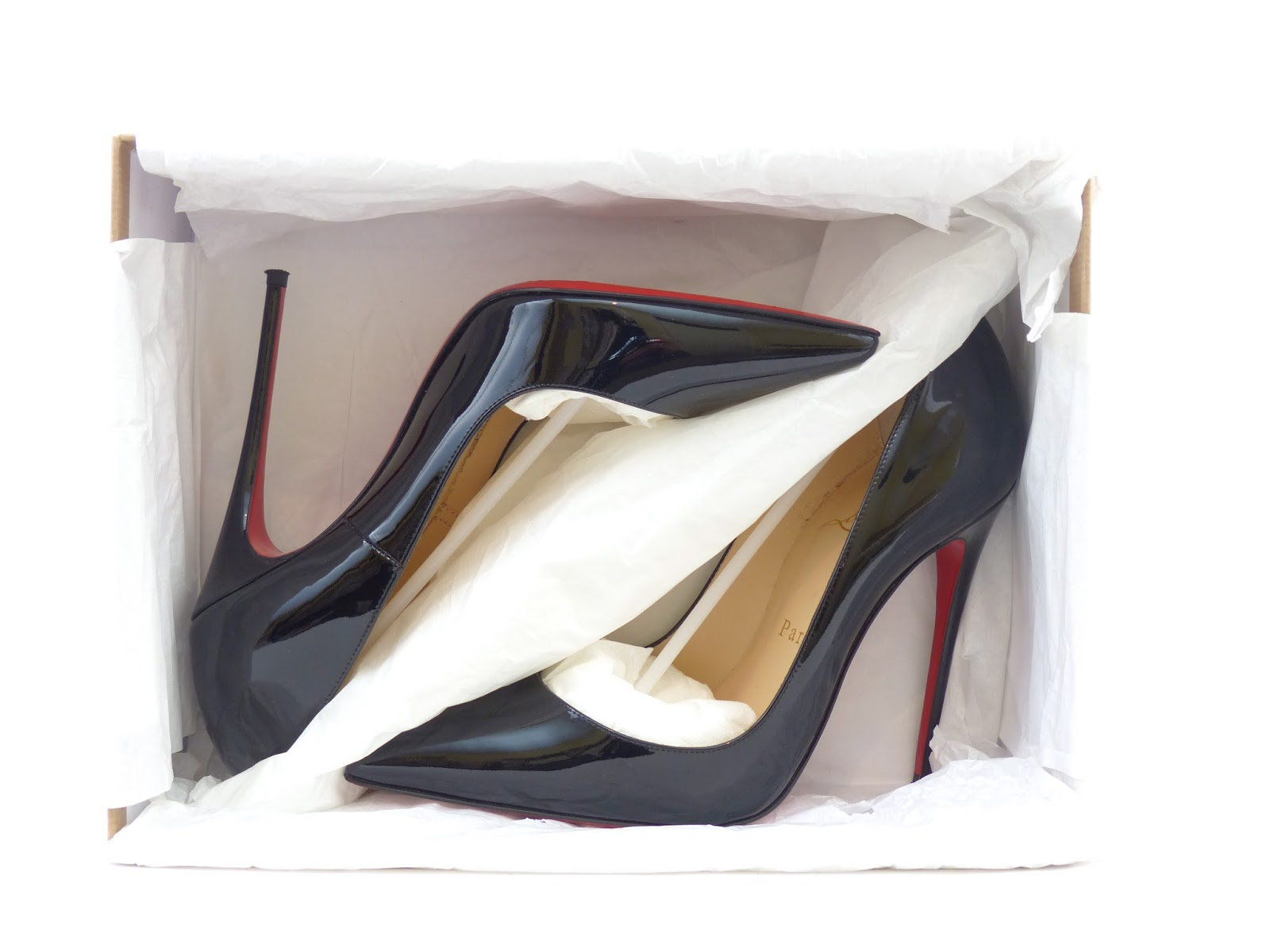 8888cd3acce1 (Above - Christian Louboutin tissue paper with divider from an authentic  pair of