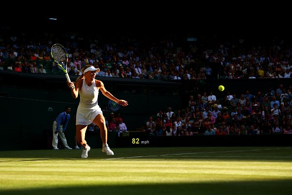 No.5 seed Caroline Wozniacki Cruise into the 3rd round at Wimbledon,With a 6-3, 6-4 over Tsvetana Pironkova