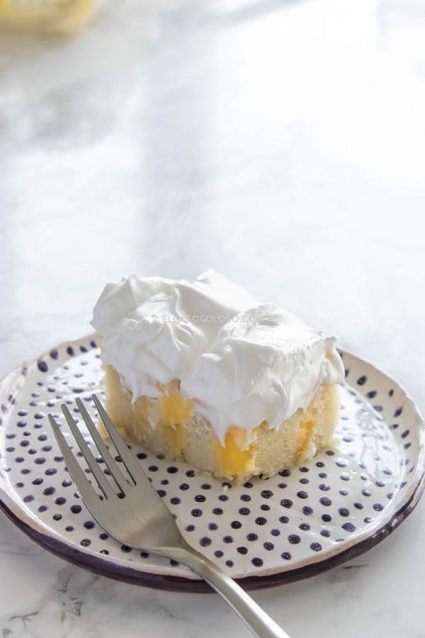 Poke cake de limón fácil