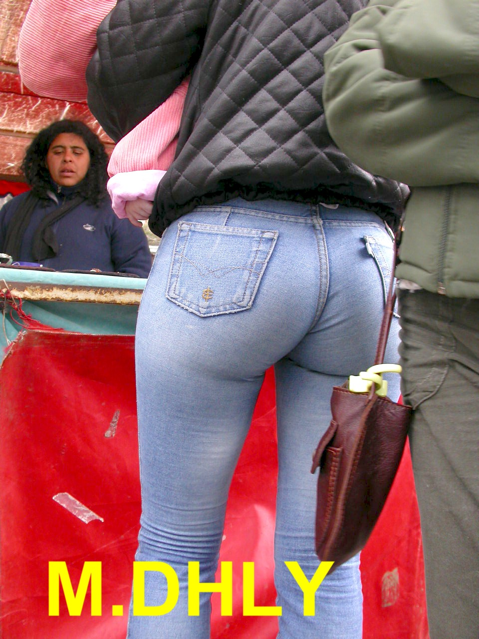 Tight jeans bubble butt-8580
