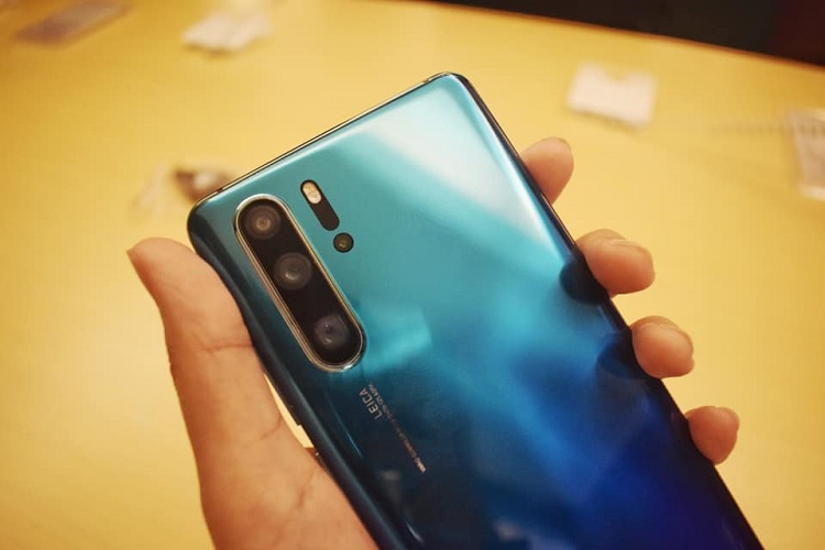 Trade In Your Old Smartphones to Get a New Huawei P30, P30 Pro
