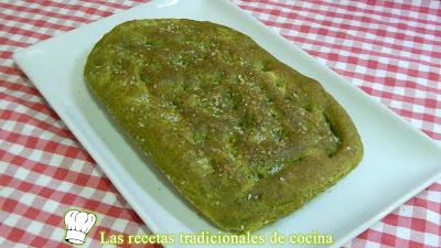 Receta fácil de pan focaccia de kale un pan muy original y saludable