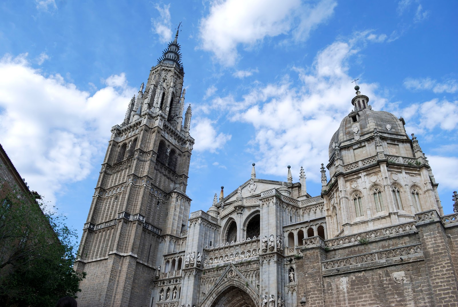 cathedral toledo spain landmark history travel guide tourism day trip itinerary