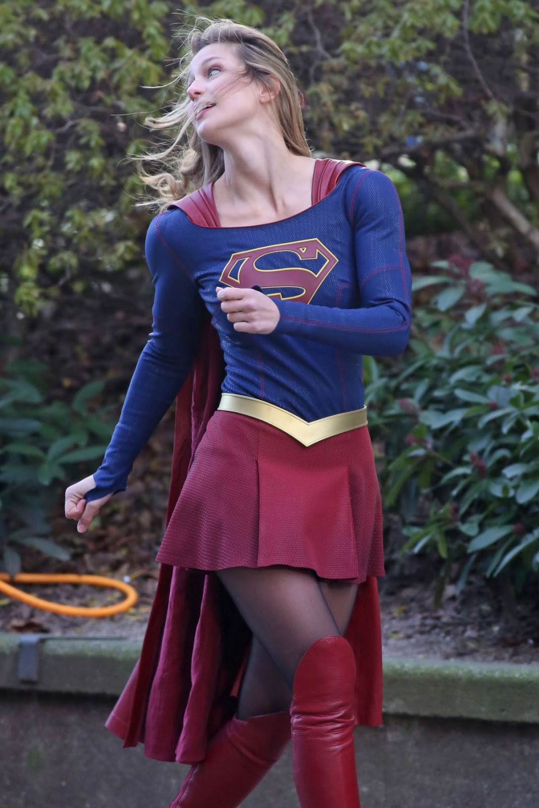 Melissa Benoist Looks Hot in Supergirl Outfit