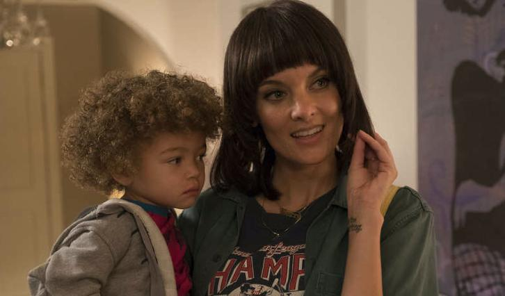 SMILF - Episode 1.08 - Mark's Lunch & Two Cups of Coffee (Season Finale) - Promotional Photos