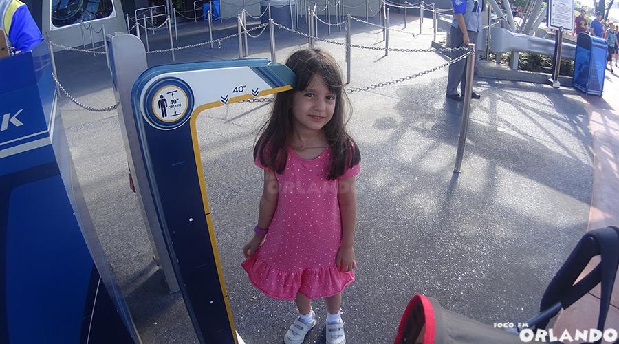 Restrição de altura nas atrações dos parques de Orlando