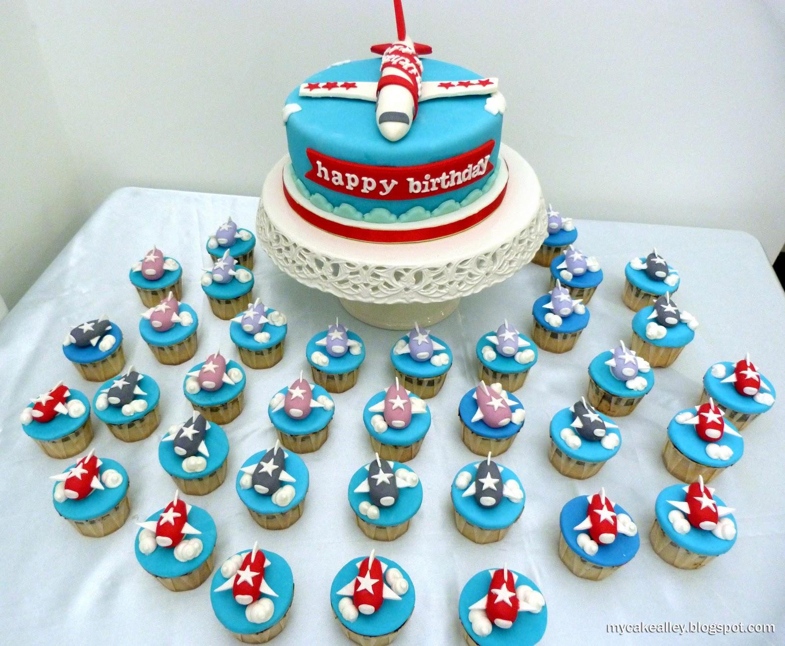 Заказ тортов в спб поздравления стюардесс, днем рождения подруге