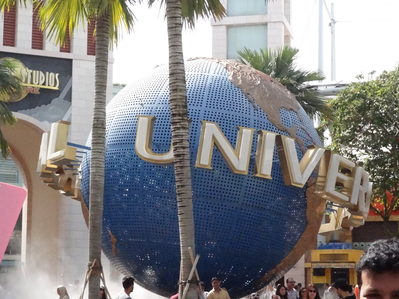 A to z blogs for you resorts world sentosa and universal studios resorts world sentosa and universal studios singapore gumiabroncs Image collections