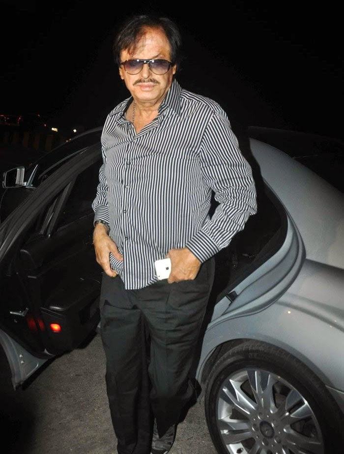 Sanjay Khan, Pics from Condolence Meeting of Late Filmmaker Ravi Chopra