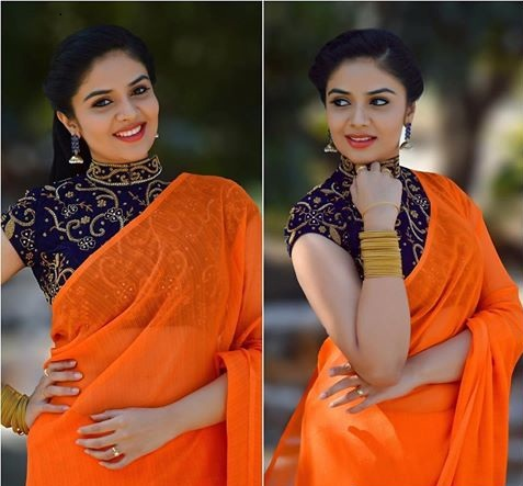 Sree Mukhi in Plain Orange Saree at Rekha's House of Saree