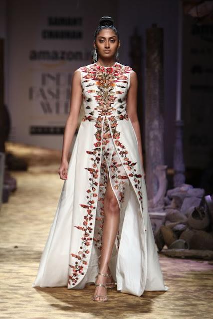 Amazon India Fashion Week SS17-Day 1, Akaarro by Gaurav J Gupta, Anita Dongre Grassroot, Atsu, Bodice, Divyam Mehta, Ikai by Ragini Ahuja, Joy Mitra, Ka.Sa, Promita Banerjee, Payal Pratap, Parma by Pratima Pandey, Pero by Aneeth Arora, The road to Chanderi, thisnthat, beauty , fashion,beauty and fashion,beauty blog, fashion blog , indian beauty blog,indian fashion blog, beauty and fashion blog, indian beauty and fashion blog, indian bloggers, indian beauty bloggers, indian fashion bloggers,indian bloggers online, top 10 indian bloggers, top indian bloggers,top 10 fashion bloggers, indian bloggers on blogspot,home remedies, how to