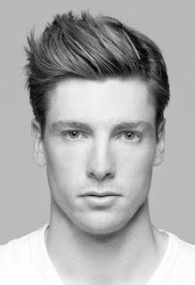 Rambut yaitu salah satu bab dari   badan yang sanggup membuat seseorang lebih   bagus d Ini Dia Model Rambut Pria Terpopuler 2017 Sesuai Dengan Bentuk Wajah