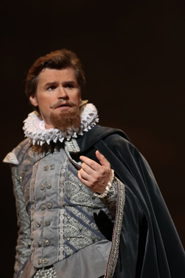 IN REVIEW: tenor KIRK DOUGHERTY as Leicester in Piedmont Opera's October 2019 production of Gaetano Donizetti's MARIA STUARDA [Photograph © by André Peeler & Piedmont Opera]