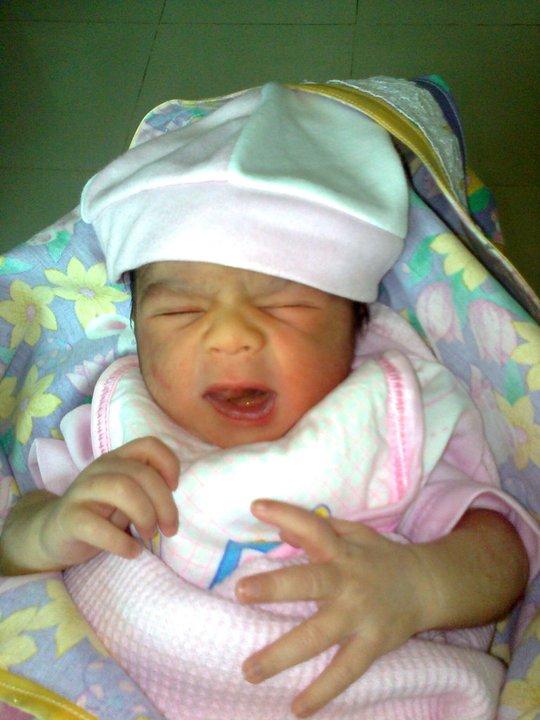 Aishwarya Rai Baby Unseen Pics: Aishwarya Rai Baby Real Photo  |Aishwarya After Baby Birth