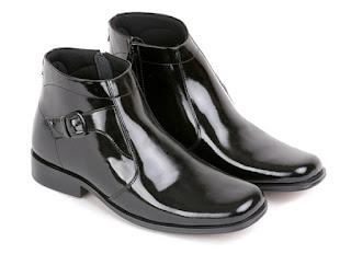 jual sepatu pdh terbaru,sepatu kerja kulit mengkilat,model sepatu kerja polisi,sepatu boots kerja pria