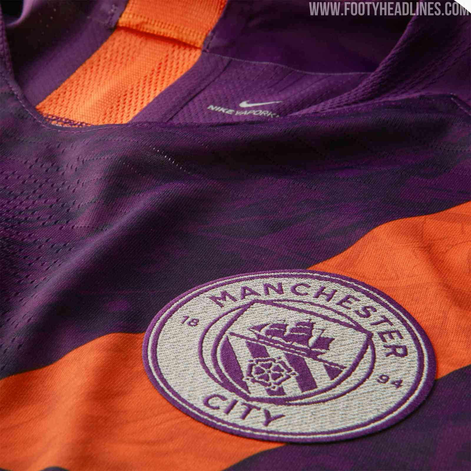 36136a84baf3 There's a subtle graphic print on the front and back of the new Manchester  City third kit. In line with Nike's other 2018-2019 third uniforms, ...