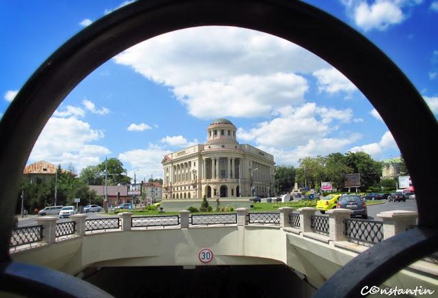 Iași - Biblioteca Centrală Universitară - frame în frame - blog FOTO-IDEEA