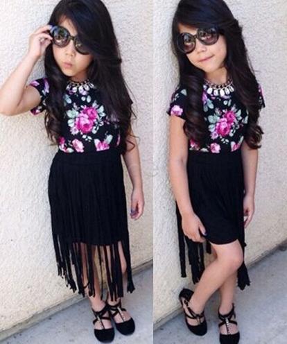 saia preta, saia de franjas, blusa floral, óculos, moda, moda infantil, roupa infantil, roupa, comprar roupa infantil, enxoval, oculos, conjunto infantil, roupas da moda,roupa