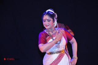 Gudi Sambaralu 2017 Stills  0070.jpg