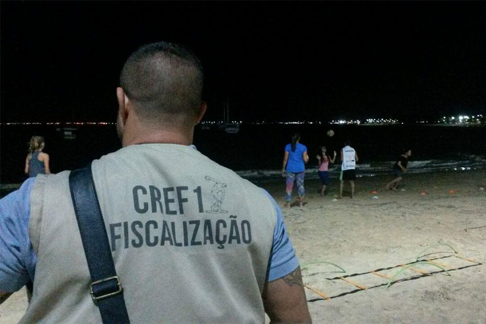 Fiscal do CREF1 durante Operação Varredura, em Rio das Ostras. Foto: Divulgação