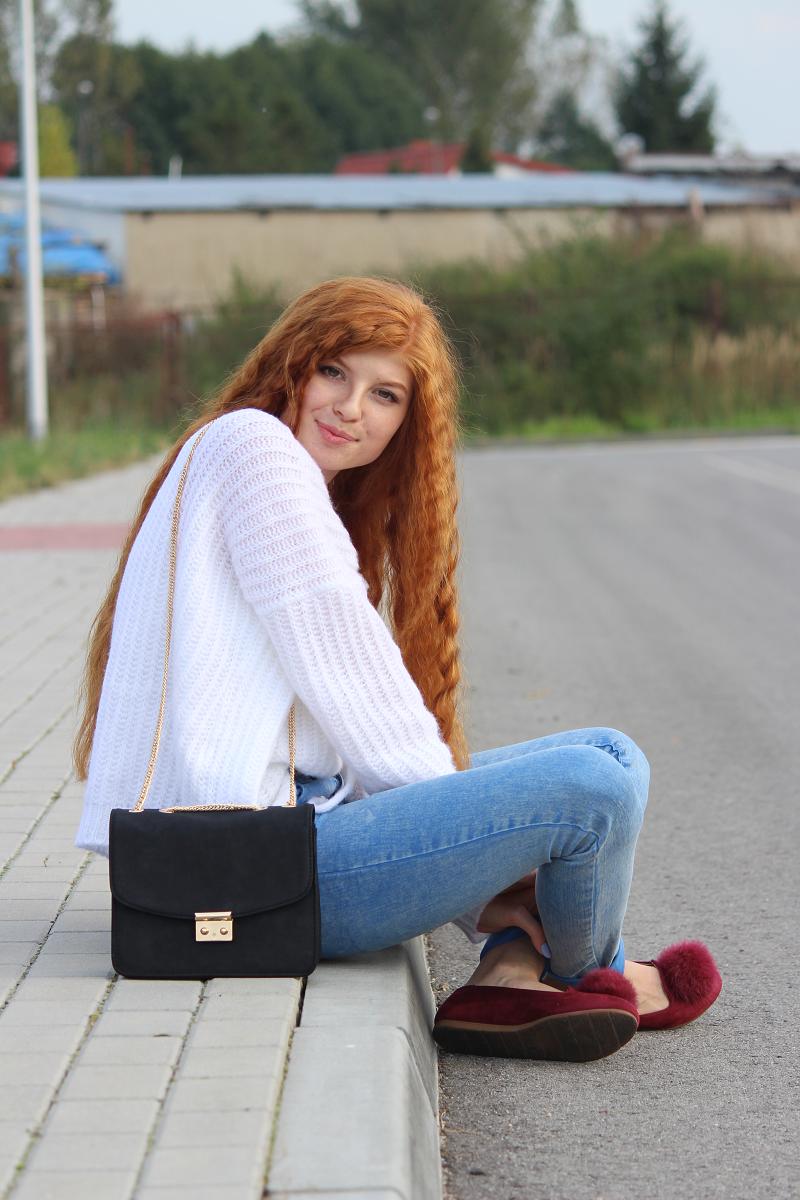 Wiązany sweter oversize