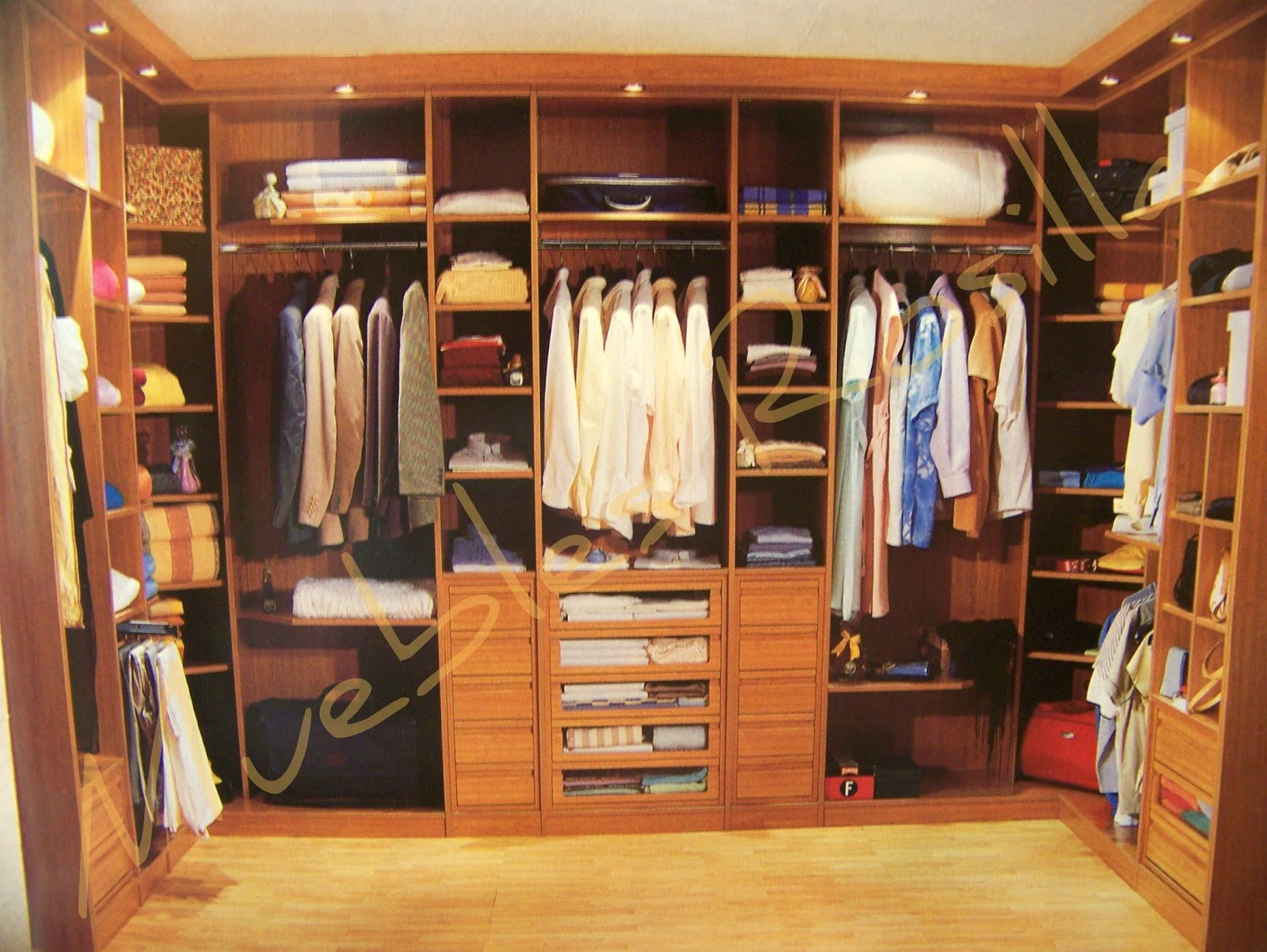 Muebles rosilla herv s for Closet rusticos