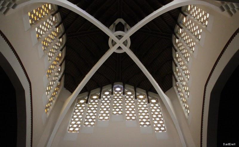 Croisée du transept de la cathédrale de Rabat