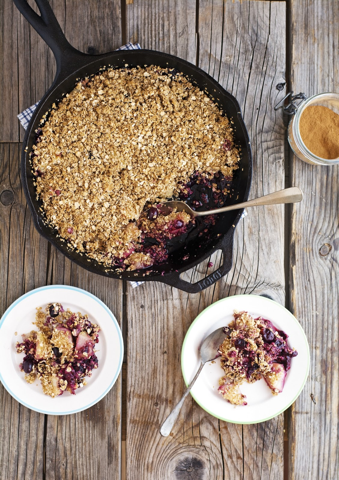 Maple Peach Blueberry Crumble (Vegan and Gluten-Free)