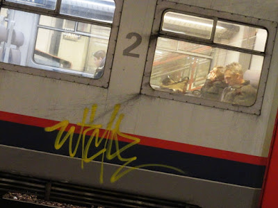 graffiti on trains in belgium