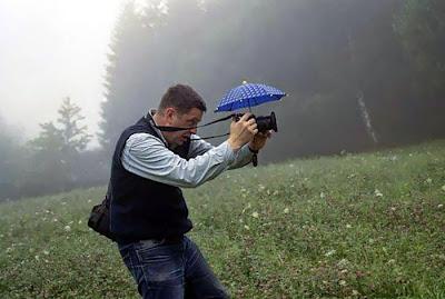 Una pequeña sombrilla para la cámara.