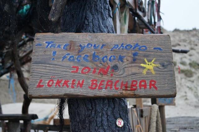Die Lökken Beachbar: Die coolste Bar der Jammerbucht. Es gibt auch eine Facebook-Gruppe!