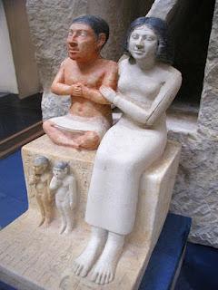 الأقزام فى مصر القديمة بين العظمة والتهميش