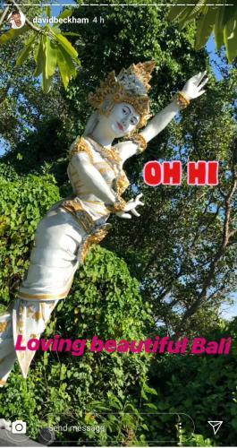 David Beckham jatuh cinta pada patung Bali dan memposting foto patung Bali di instastroy pribadinya