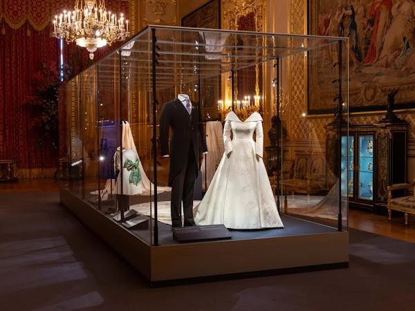 Aktualizacja: Wystawa ślubna księżniczki Eugenie i Jack'a Brooksbank w Zamku Windsor.