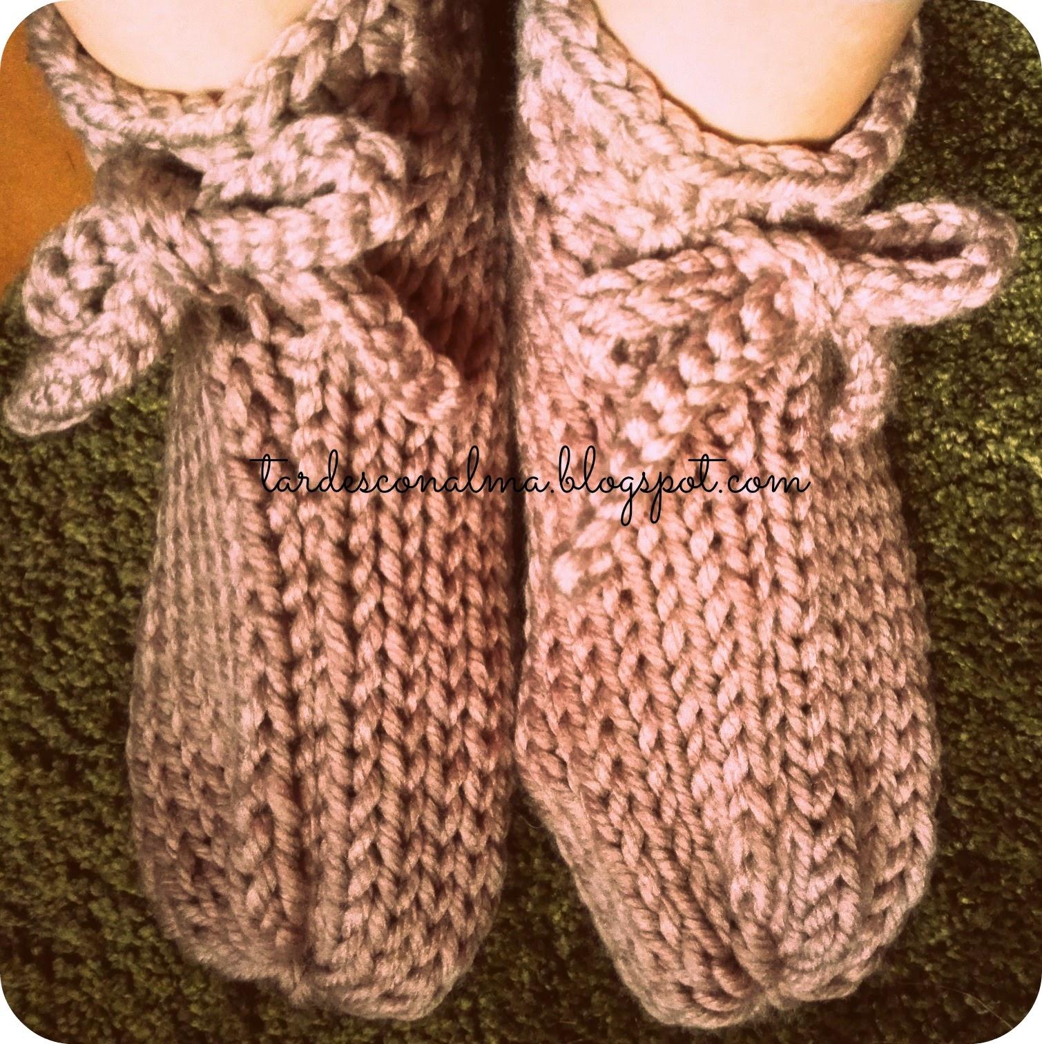 Tardes con alma patucos de lana modelo calceus - Puntos para calcetar ...