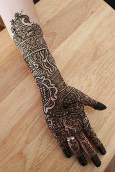 Dulhan Mehndi Henna Designs