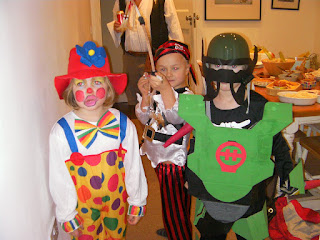fancy dress kids with clown, pirate and breeze 2.0