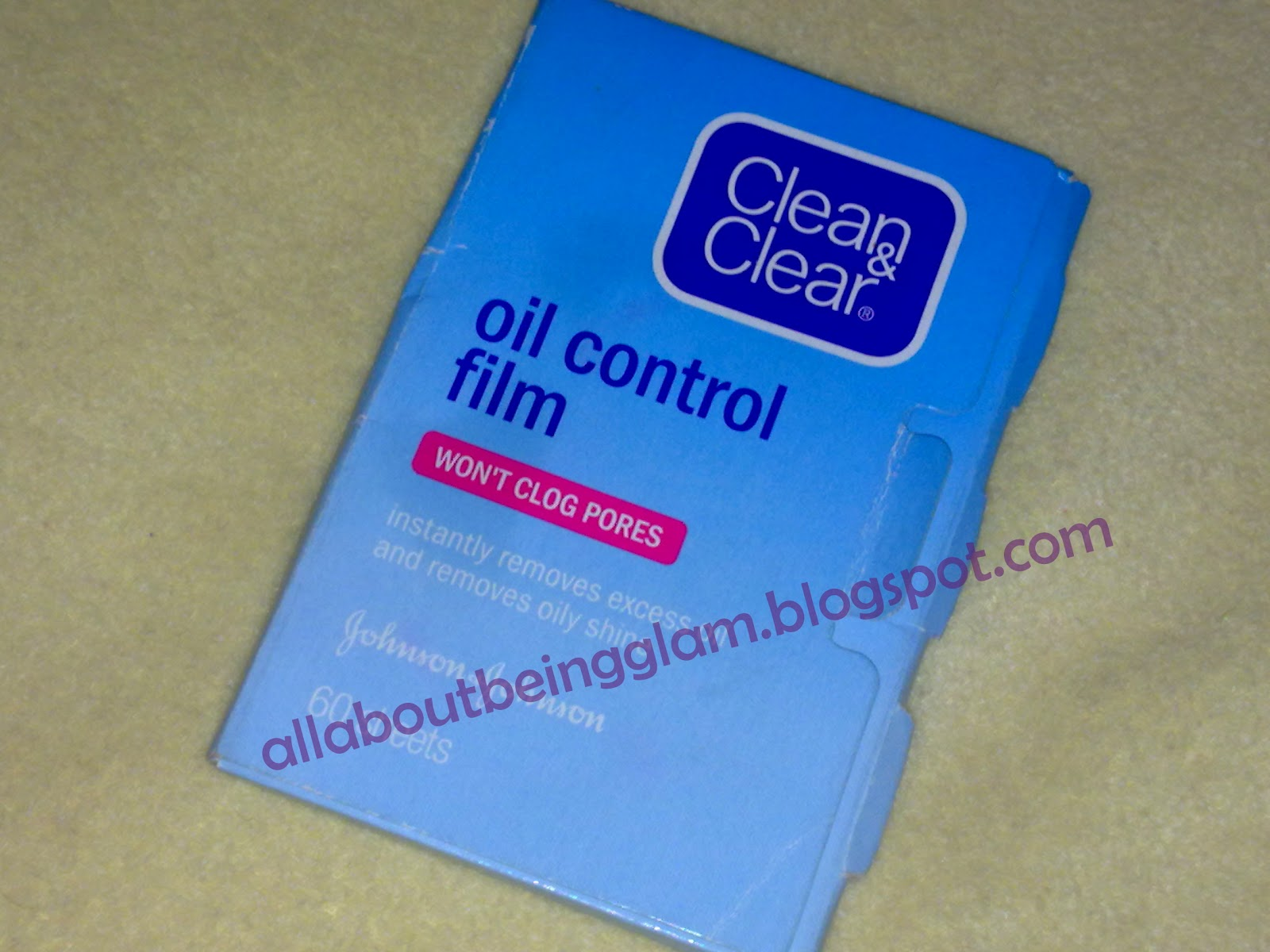 all about being glam: REVIEW: Clean and Clear Oil Control Film