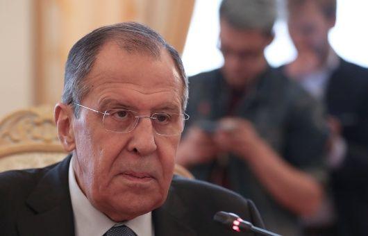 Lavrov a Pompeo: intromisión en Venezuela viola derecho internacional