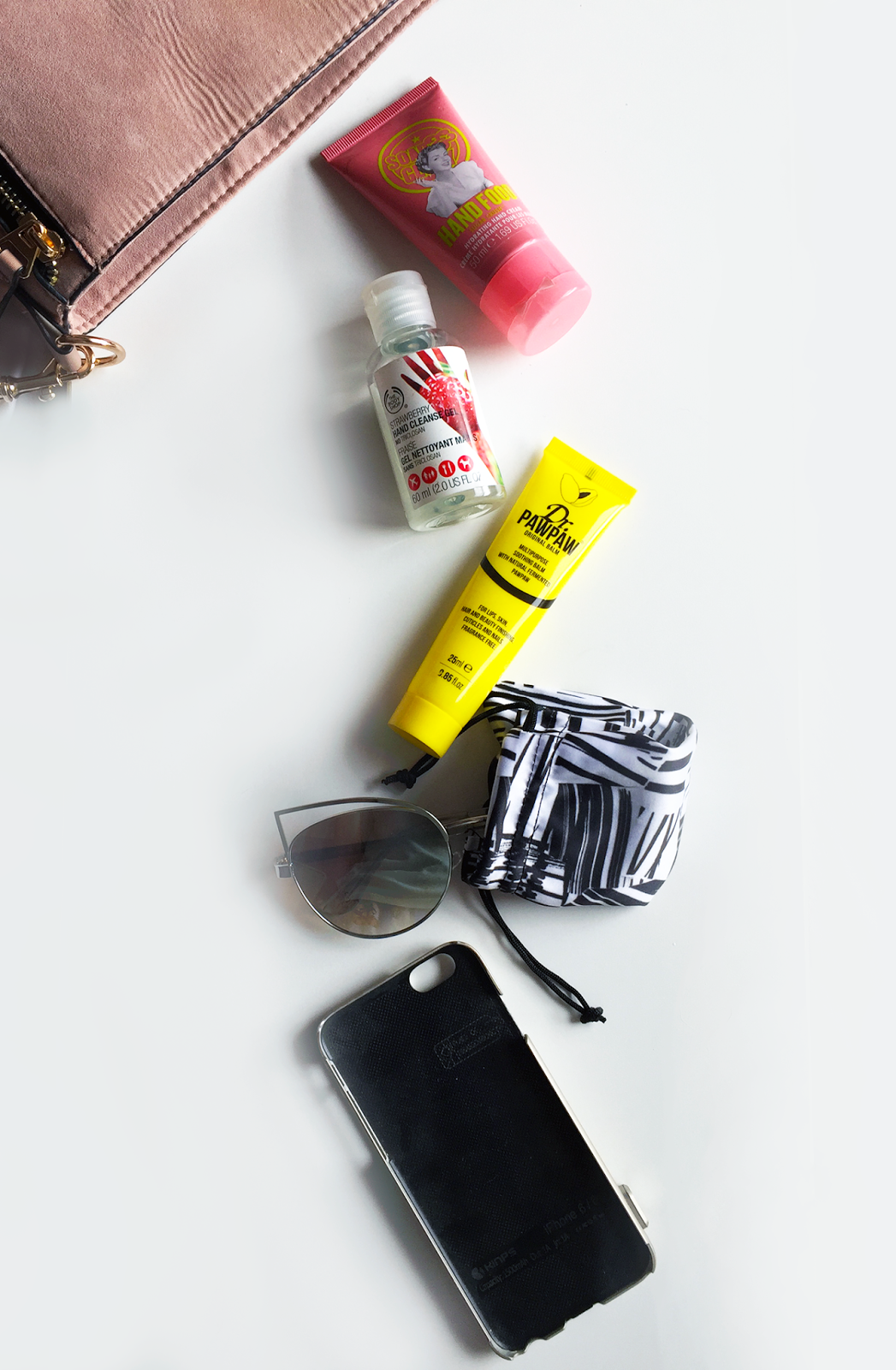 The Everyday Bag Essentials