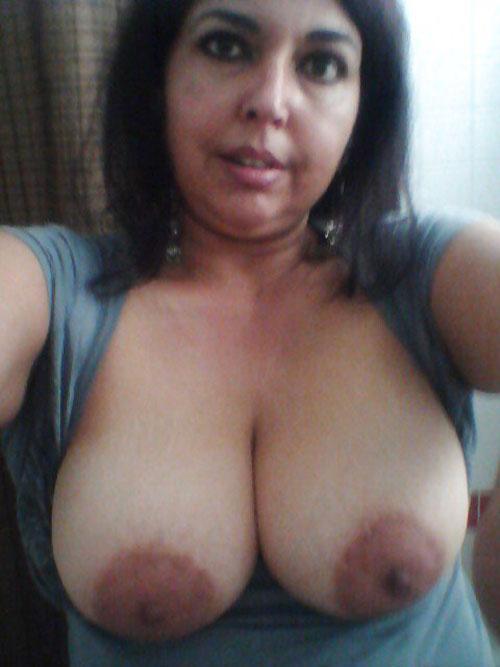 Bur Ki Chudai Chennai Mature Bhabhi Open Big Boobs Xxx -3637