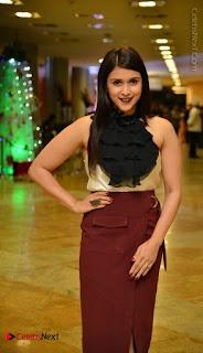 Actress Mannara Chopra Latest Poshoot Gallery  0005.jpg