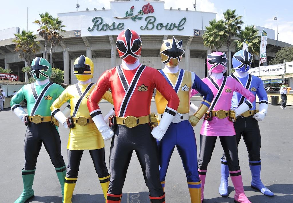 Henshin Grid: Power Rangers Samurai at Rose Bowl Stadium ...